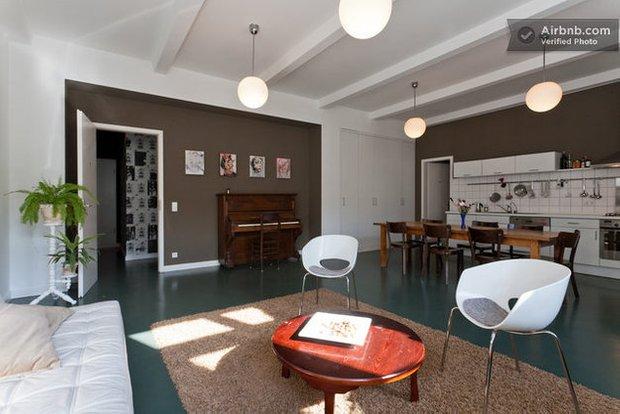 Фотография: Кухня и столовая в стиле Скандинавский, Декор интерьера, Квартира, Дома и квартиры, Airbnb – фото на INMYROOM
