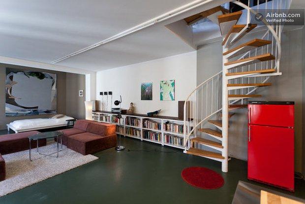 Фотография: Гостиная в стиле Лофт, Декор интерьера, Квартира, Дома и квартиры, Airbnb – фото на INMYROOM