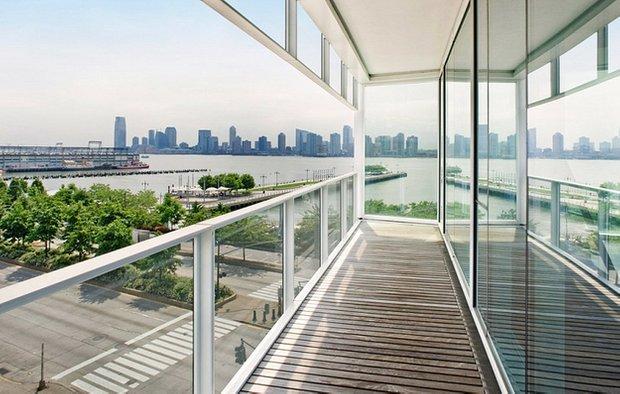 Фотография: Балкон в стиле Современный, Декор интерьера, Квартира, Дом, Декор дома, Люди, Картины – фото на INMYROOM