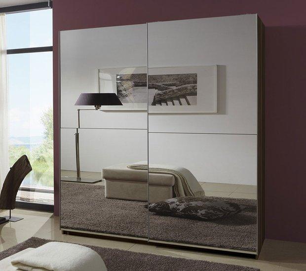 Фотография:  в стиле Современный, Стиль жизни, Советы, Стена, Зеркало – фото на INMYROOM