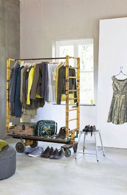 Фотография: Прихожая в стиле Современный, Гардеробная, Малогабаритная квартира, Хранение, Интерьер комнат, Гардероб – фото на INMYROOM