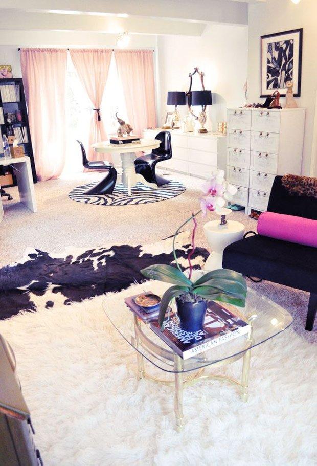 Фотография: Гостиная в стиле Эклектика, Декор интерьера, Квартира, Дом, Аксессуары, Декор – фото на INMYROOM