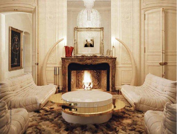 Фотография: Гостиная в стиле Классический, Современный, Индустрия, Новости, Мягкая мебель, Диван, Ligne Roset – фото на INMYROOM