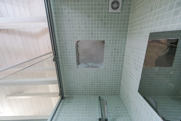 Фотография: Ванная в стиле , Интерьер комнат, Дача, Дачный ответ, Мансарда – фото на INMYROOM