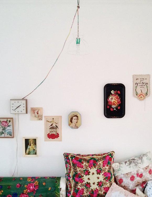 Фотография: Спальня в стиле Прованс и Кантри, Современный, Эклектика, Декор интерьера, DIY, Квартира, Россия, Декор, Советы, Красный, русский стиль – фото на INMYROOM