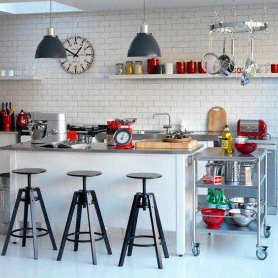 Фотография: Кухня и столовая в стиле Лофт, Декор интерьера, Интерьер комнат, Плитка – фото на INMYROOM