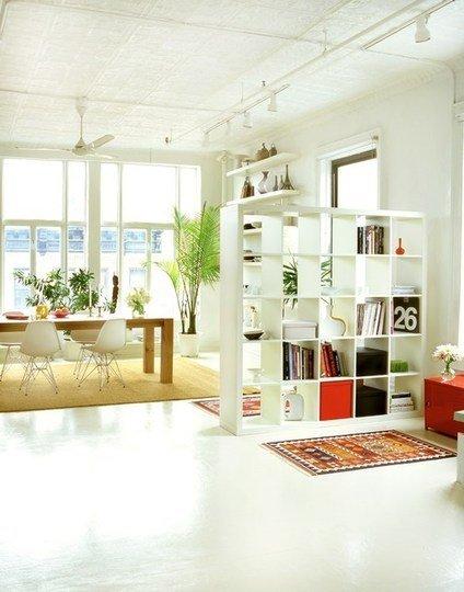 Фотография: Кухня и столовая в стиле Скандинавский, Декор интерьера, Декор дома, Ширма, Перегородки – фото на INMYROOM