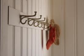 Фотография: Гостиная в стиле Прованс и Кантри, Хранение, Стиль жизни, Советы, Вешалка – фото на INMYROOM