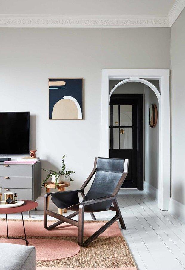 Фотография: Гостиная в стиле Скандинавский, Декор интерьера, Квартира, Серый, Розовый, Сидней – фото на INMYROOM