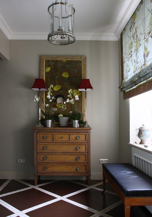 Фотография: Мебель и свет в стиле Классический, Прихожая, Квартира, Советы, Гид – фото на INMYROOM