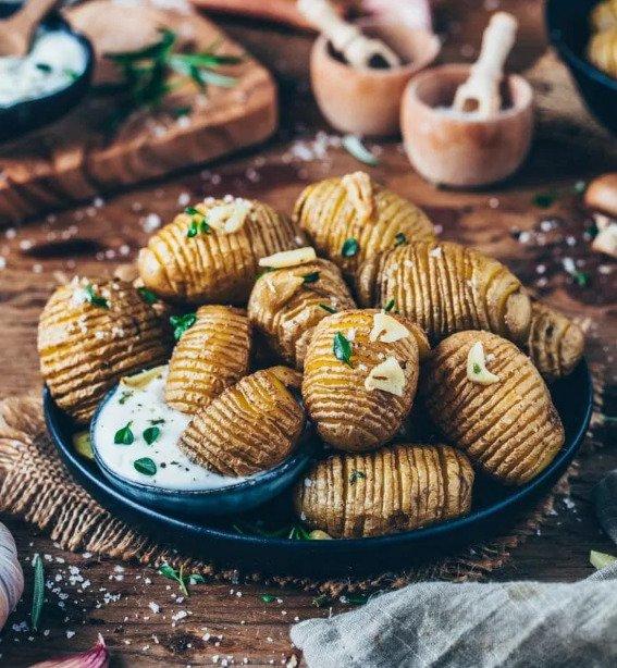 Фотография:  в стиле , Основное блюдо, Вегетарианская, Веганская, Картофель, Кулинарные рецепты, 45 минут, Европейская кухня, Просто, Запекание – фото на INMYROOM