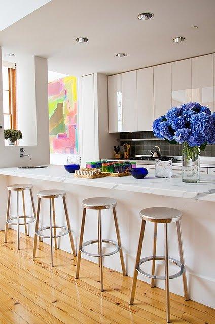 Фотография: Кухня и столовая в стиле Минимализм, Малогабаритная квартира, Квартира, Декор, Советы, Хрущевка – фото на INMYROOM