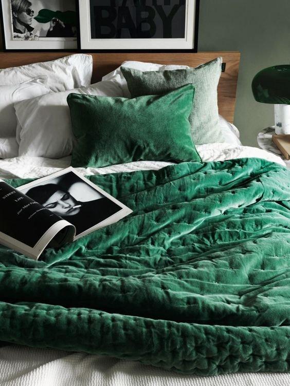 Купить подушку за 2 600 рублей