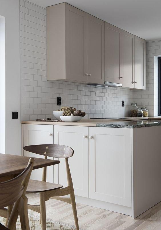 Фотография: Кухня и столовая в стиле Современный, Декор интерьера, Декор, Розовый – фото на INMYROOM
