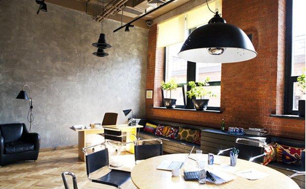 Фотография: Офис в стиле Прованс и Кантри, Лофт, Современный, Офисное пространство, Индустрия, Люди – фото на INMYROOM