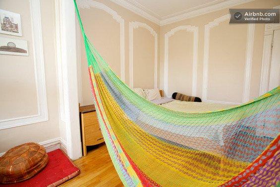 Фотография: Детская в стиле Современный, Декор интерьера, Текстиль, Airbnb, Гамак – фото на InMyRoom.ru
