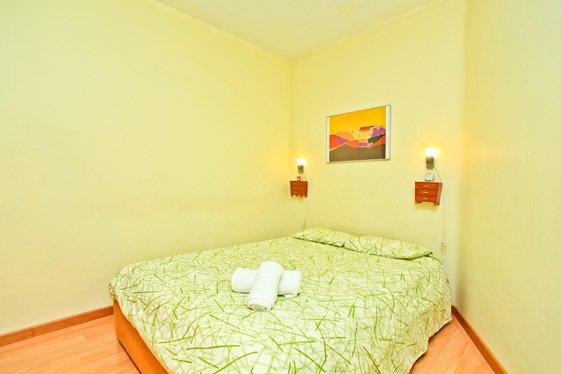 Фотография: Спальня в стиле Минимализм, Квартира, Дома и квартиры, Барселона – фото на INMYROOM