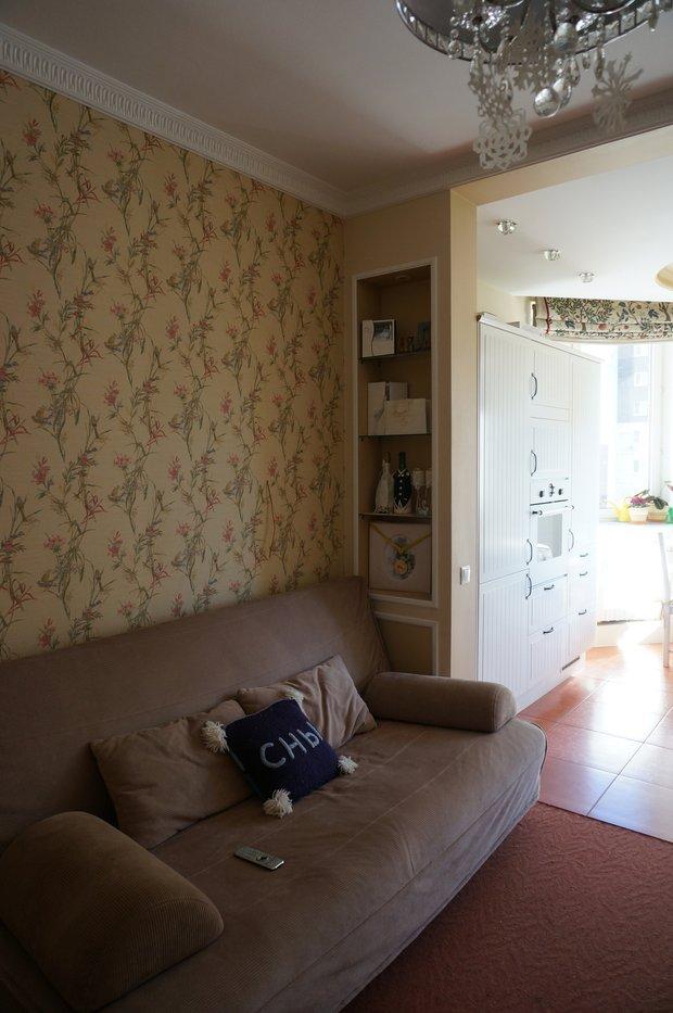 Фотография: Гостиная в стиле Современный, Гардеробная, Квартира, Дома и квартиры, Переделка, Ремонт на практике – фото на INMYROOM