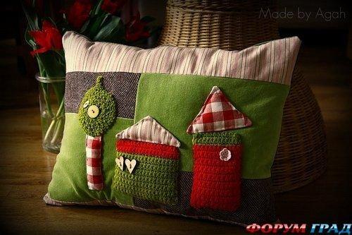 Фотография:  в стиле , Декор интерьера, Декор дома, Подушки, Вышивка – фото на INMYROOM
