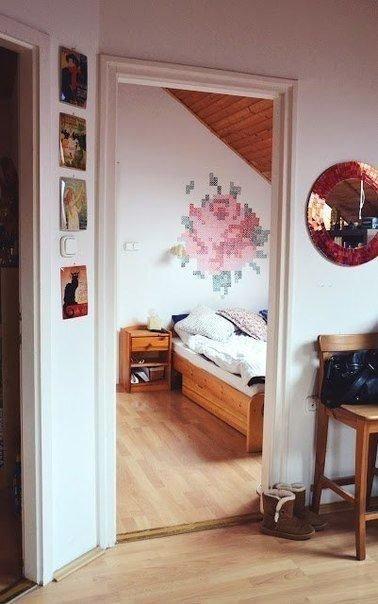 Фотография: Спальня в стиле Прованс и Кантри, Декор интерьера, DIY, Дом, Декор дома, Советы, Картины, Зеркала – фото на INMYROOM