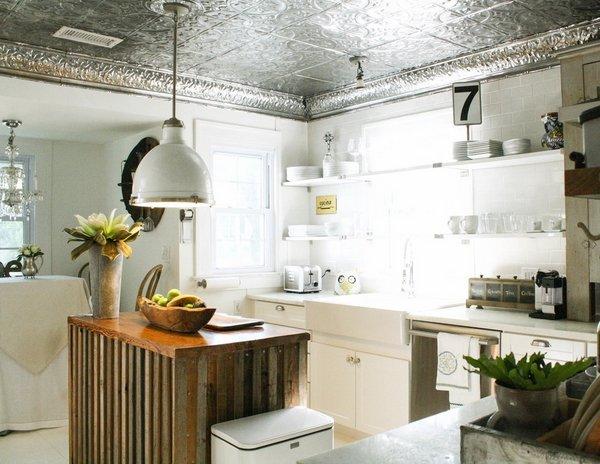 Фотография: Кухня и столовая в стиле Прованс и Кантри, Лофт, Ремонт на практике – фото на INMYROOM