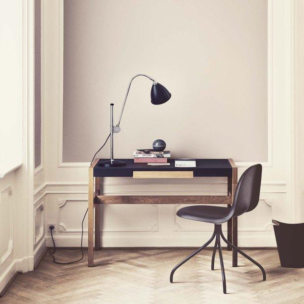 Фотография: Офис в стиле Современный, Декор интерьера, Flos, Foscarini, Gubi, Luceplan, Мебель и свет, Светильник, Настольная лампа – фото на INMYROOM