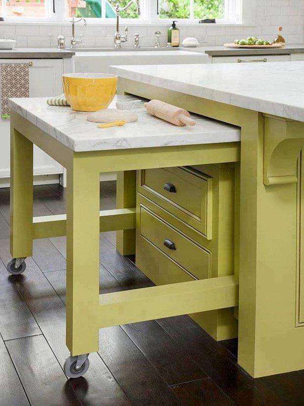 Фотография:  в стиле , Кухня и столовая, Перепланировка, Bosсh, Finish – фото на INMYROOM