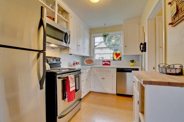 Фотография: Кухня и столовая в стиле Скандинавский, Интерьер комнат, Плитка – фото на INMYROOM