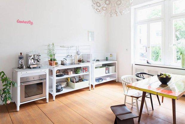 Фотография:  в стиле , маленькая кухня, интерьер кухни, кухня, Kilian Schindler – фото на INMYROOM