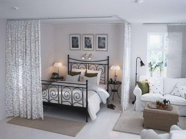 Фотография: Спальня в стиле Прованс и Кантри, Малогабаритная квартира, Квартира, Советы, Бежевый, Бирюзовый, Зонирование, как зонировать комнату, как зонировать однушку, как зонировать однокомнатную квартиру – фото на INMYROOM