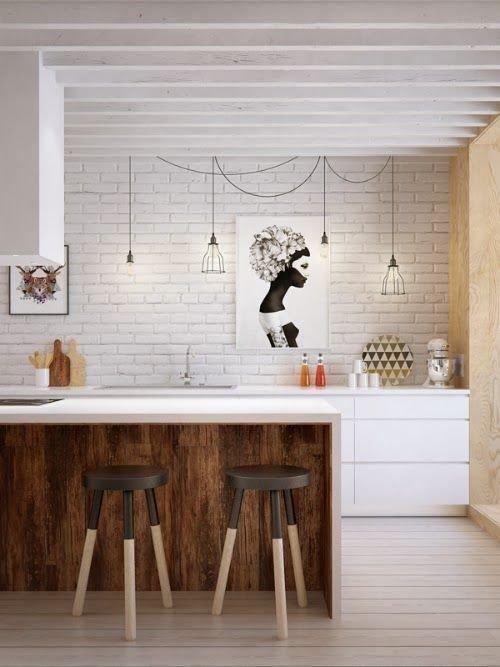 Фотография: Кухня и столовая в стиле Лофт, Прованс и Кантри, Скандинавский, Декор, Советы, Ремонт на практике, кирпич в интерьере, покраска кирпичной стены, кирпичная стена, кирпичная стена в интерьере, краска для кирпичной стены – фото на INMYROOM