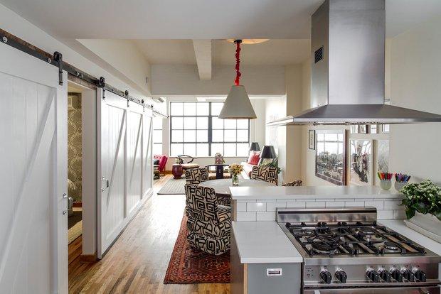 Фотография: Кухня и столовая в стиле Прованс и Кантри, Современный, Эклектика, Лофт, Декор интерьера, Квартира, Дома и квартиры, Нью-Йорк – фото на INMYROOM