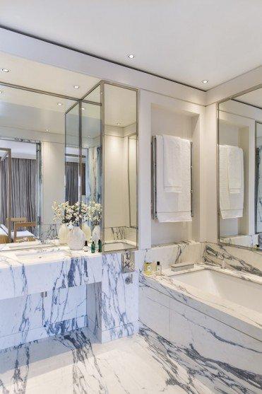 Фотография: Ванная в стиле Классический, Гид, Жан-Луи Денио – фото на INMYROOM