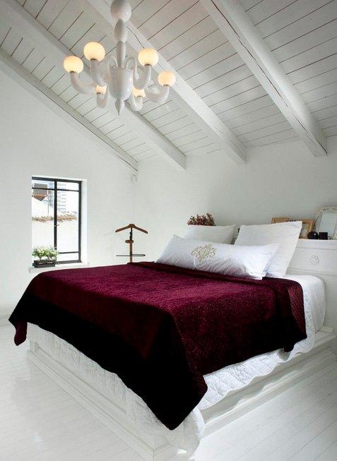Фотография: Спальня в стиле Скандинавский, Дом, Чердак, Мансарда – фото на INMYROOM