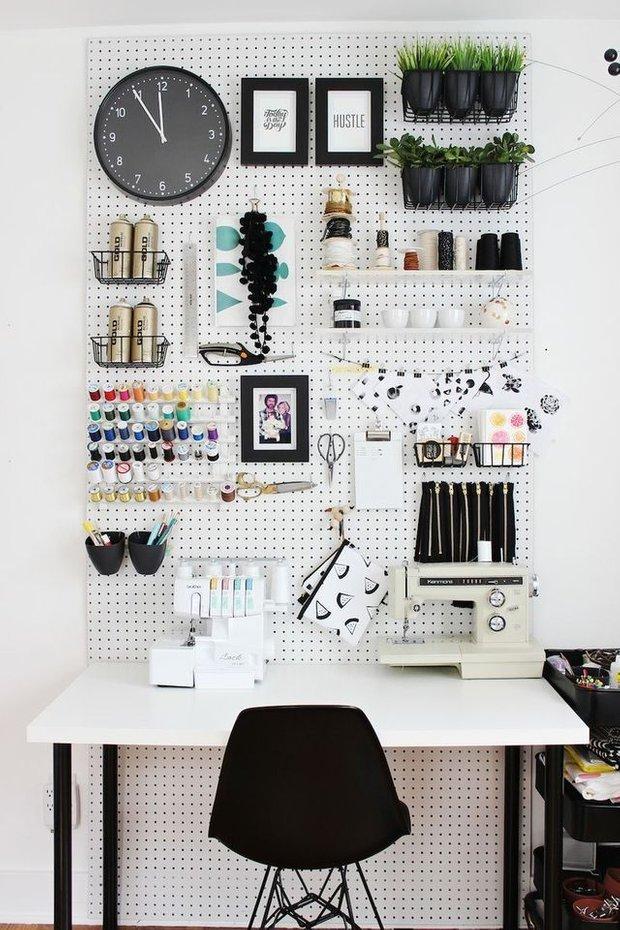 Фотография: Кабинет в стиле Современный, DIY, Аксессуары, Советы, хранение в прихожей, Хранение мелочей, лайфхаки для кухни – фото на INMYROOM