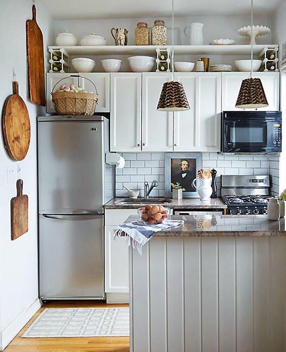 Фотография: Прочее в стиле , Кухня и столовая, Интерьер комнат, kuhnya-8-kv-metrov – фото на INMYROOM