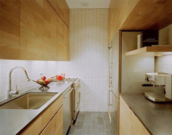 Фотография: Кухня и столовая в стиле Минимализм, Декор интерьера, Малогабаритная квартира, Квартира, Цвет в интерьере, Дома и квартиры, Белый – фото на INMYROOM