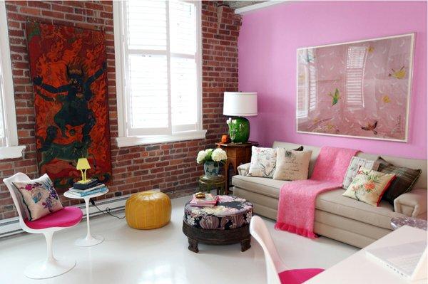 Фотография: Гостиная в стиле Лофт, Эклектика, Интерьер комнат, Картины, Зеркало – фото на INMYROOM