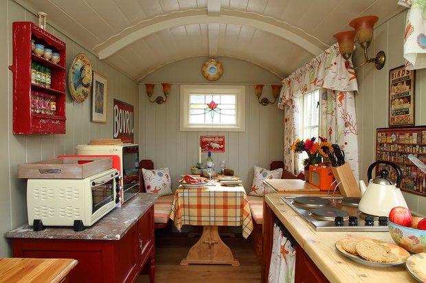 Фотография: Кухня и столовая в стиле Прованс и Кантри, Дом, Дома и квартиры, Дача – фото на INMYROOM