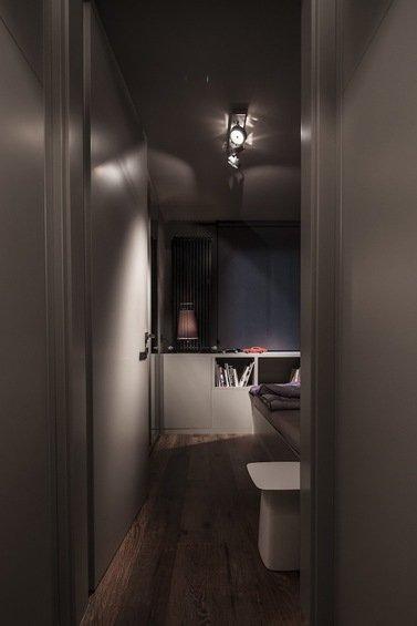 Фотография: Гостиная в стиле Эклектика, Малогабаритная квартира, Квартира, Цвет в интерьере, Дома и квартиры, Серый, Умный дом, Будапешт – фото на INMYROOM