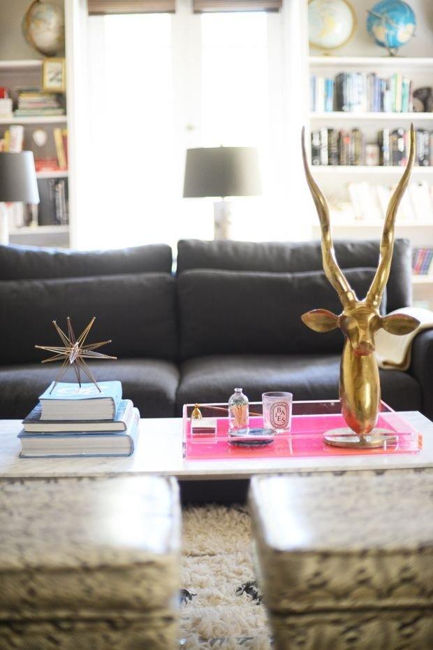 Фотография: Декор в стиле , Гостиная, Декор интерьера, Декор дома, Советы, Стол, Журнальный столик – фото на INMYROOM