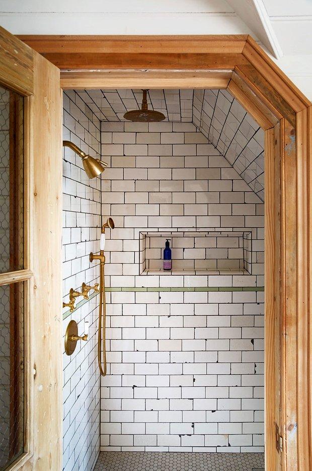 Фотография: Ванная в стиле Прованс и Кантри, Особняк, Дом и дача, Более 90 метров – фото на INMYROOM