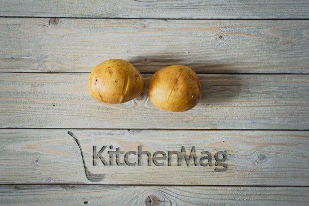 Фотография:  в стиле , Перекусить, Закуска, Выпекание, Закуски, Картофель, Кулинарные рецепты, 1 час, Готовит KitchenMag, Европейская кухня, Вкусные рецепты, Простые рецепты, Домашние рецепты, Пошаговые рецепты, Новые рецепты, Рецепты вторых блюд, Рецепты с фото, Как приготовить вкусно?, Средняя сложность – фото на INMYROOM