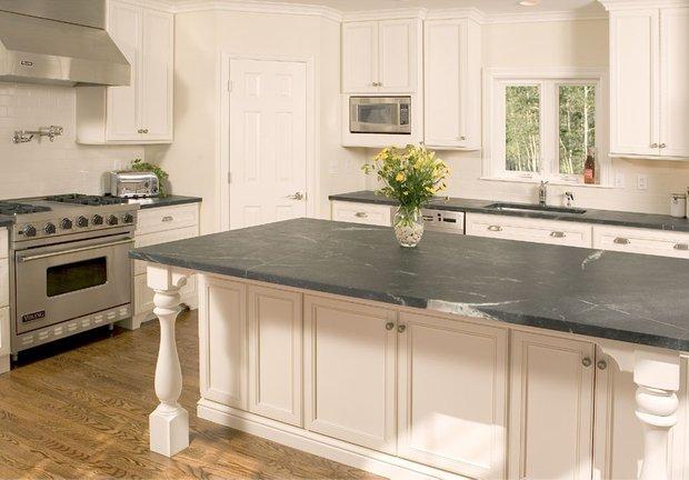 Фотография: Кухня и столовая в стиле Эклектика, Интерьер комнат, Переделка – фото на INMYROOM