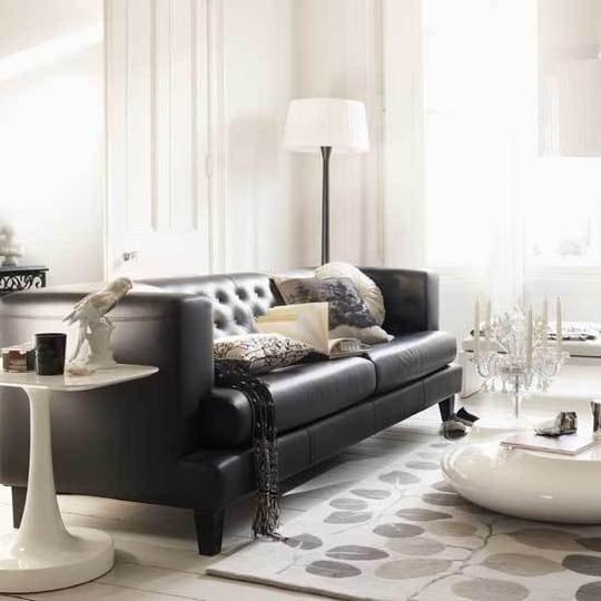 Фотография: Гостиная в стиле Современный, Эклектика, Декор интерьера, Дизайн интерьера, Цвет в интерьере, Черный – фото на INMYROOM
