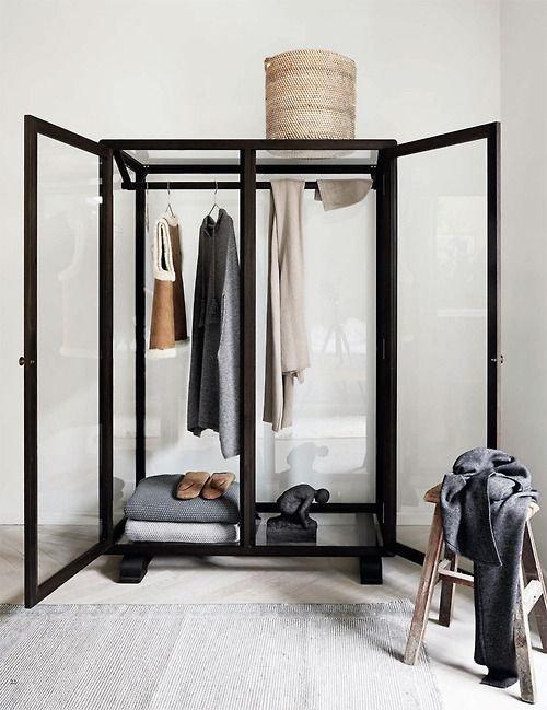 Фотография: Мебель и свет в стиле Скандинавский, Спальня, Интерьер комнат – фото на INMYROOM