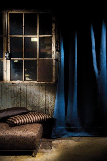 Фотография: Ванная в стиле Современный, Цвет в интерьере, Стиль жизни, Советы, Ткани, Галерея Арбен, Шторы, Окна – фото на INMYROOM