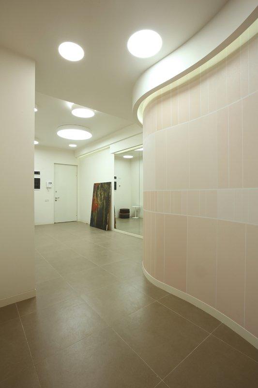 Фотография: Прихожая в стиле Современный, Квартира, Дома и квартиры, Проект недели, Перепланировка – фото на INMYROOM