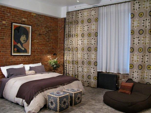 Фотография: Спальня в стиле Лофт, Классический, Декор интерьера, Интерьер комнат, Цвет в интерьере, Белый, Черный, Серый – фото на INMYROOM