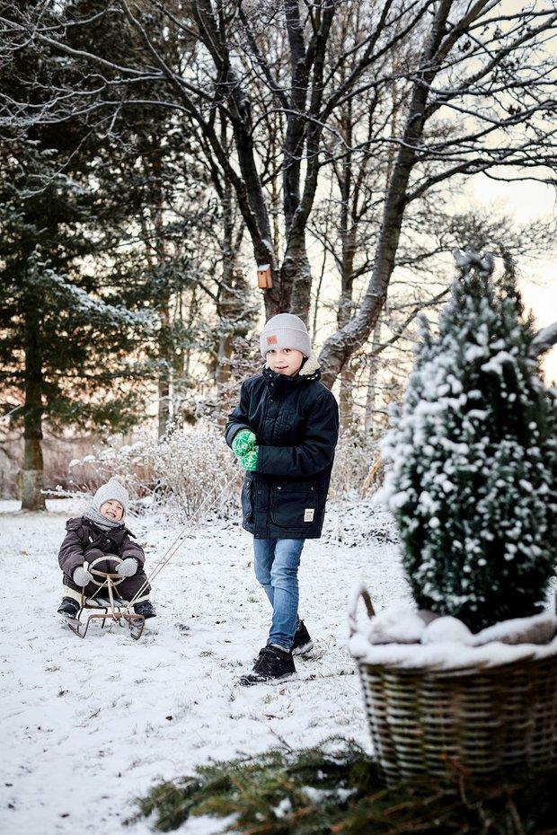 Фотография:  в стиле , Декор интерьера, Дом, Новый Год, скандинавский интерьер, Финляндия, Более 90 метров, как украсить интерьер к новому году – фото на INMYROOM